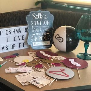 posh n sip Other - Thank you for coming! Pics posted on the groups fb